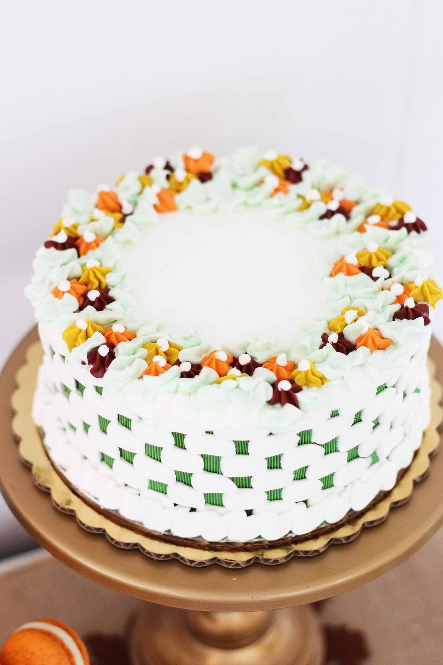 beautiful autumn colors for the jardin cake from cafe pierrot in sussex county morris county nj